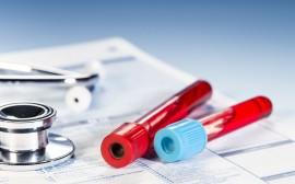 krevní vzorky, stetoskop
