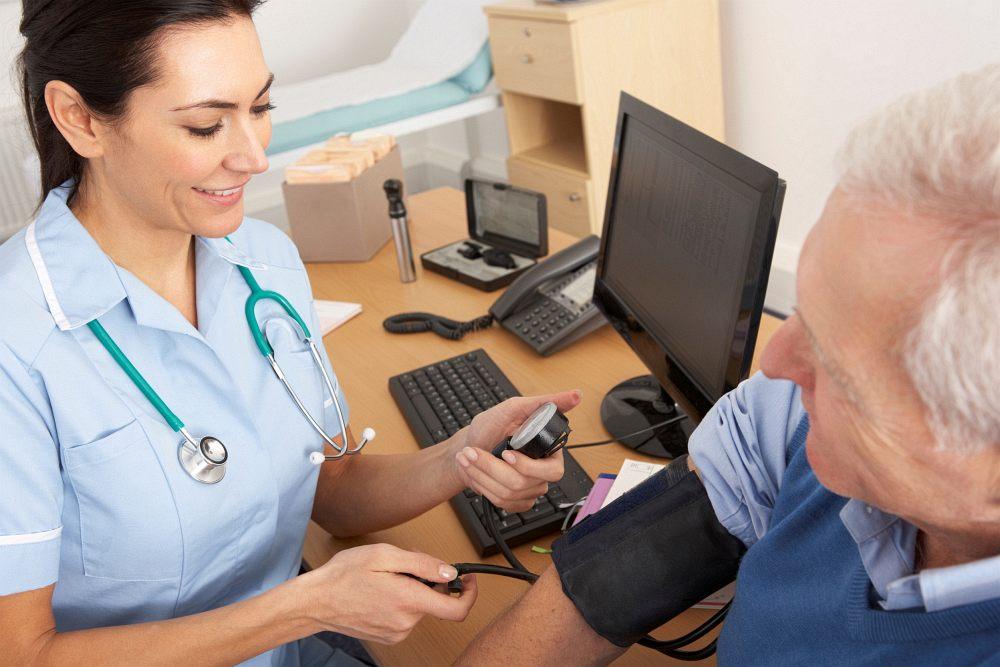 měření krevního tlaku