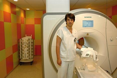 MUDr. Jiří Keller, Ph.D. zradiodiagnostického oddělení Nemocnice Na Homolce
