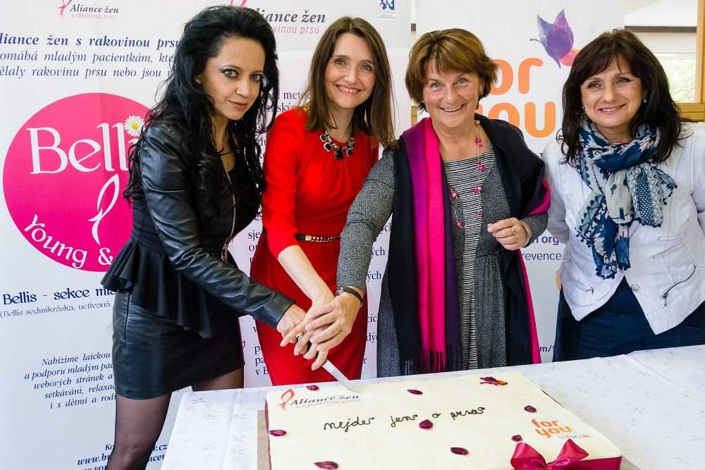 Oslava 1. výročí projektu Nejde jen o prsa Aliance žen s rakovinou prsu a ING Životní pojišťovny