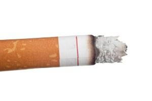 upálená cigareta