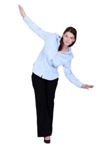 mladá žena koordinace pohybu