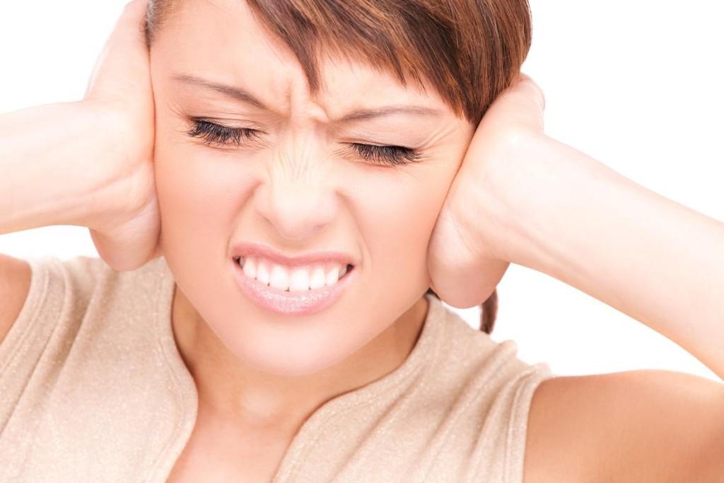 bolest uší