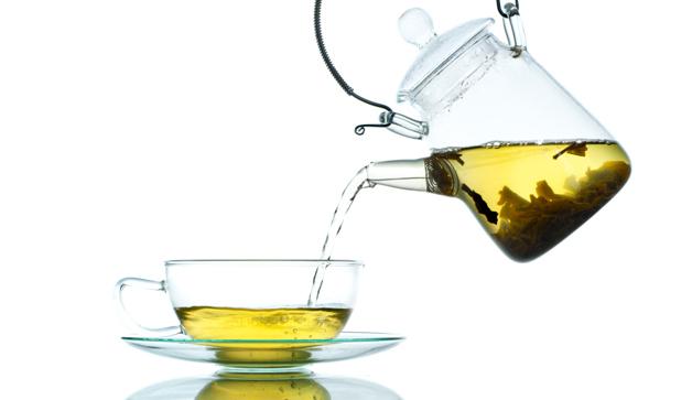 zelený čaj servírování