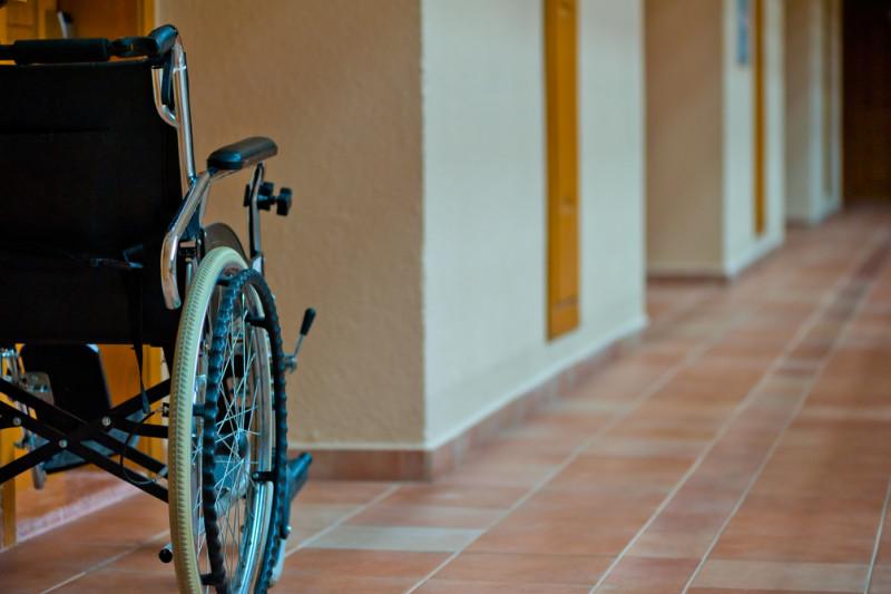 vozík pro pacienta Guillain Barré syndrom